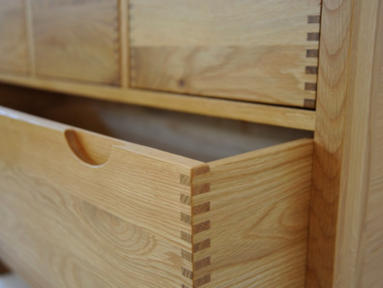 Bosco Bedroom Five Drawer Wide Chest