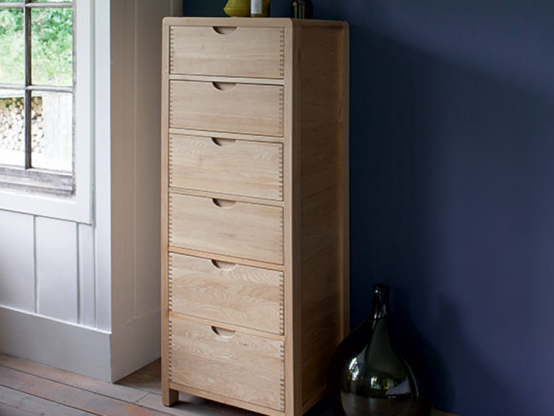 Ercol bosco bedroom six drawer tall chest hatters fine for Fitted bedroom furniture 0 finance