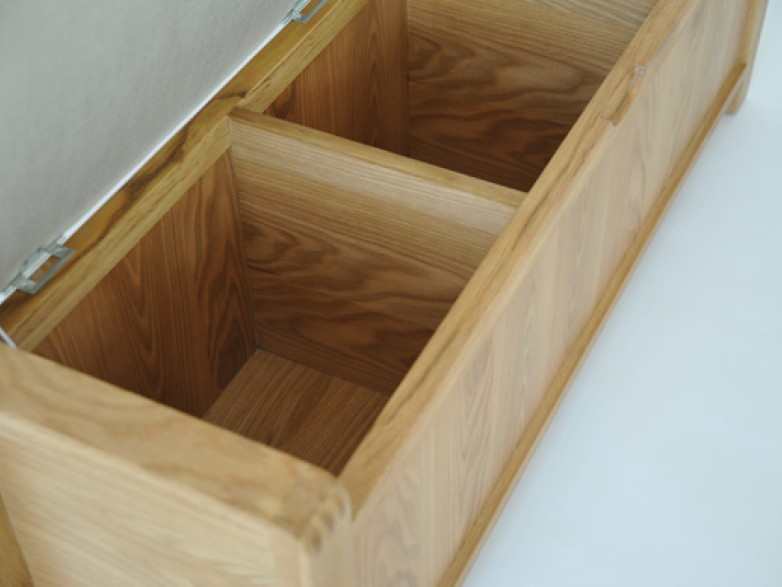 Ercol bosco bedroom storage bench hatters fine furnishings for Fitted bedroom furniture 0 finance