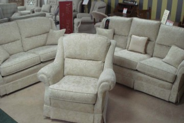 Malvern 3 Seater Sofa, 2 Seater Sofa & Chair