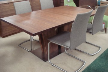 Skovby Walnut Extending Table & 4 Chairs