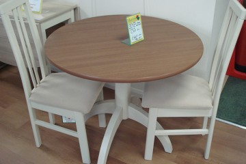 Sutcliffe Kitchen Table & 2 Chairs