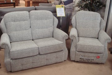 Oakland Small 2 Seater Sofa & Recliner Chair