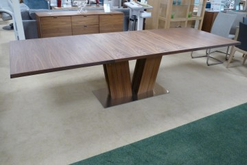Extending Table SM37NO Walnut Natural Oil