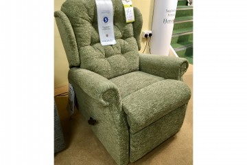 Woburn Compact Manual Recliner Chair