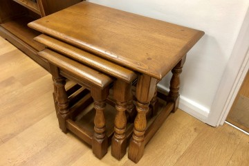 - Old Charm Nest of 3 Tables (1494)