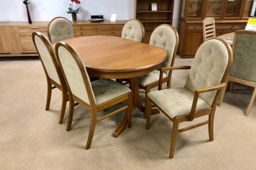 - Trafalgar Teak Oval Extending Dining Table with 4 Droxford Chairs and 2 Droxford Carvers